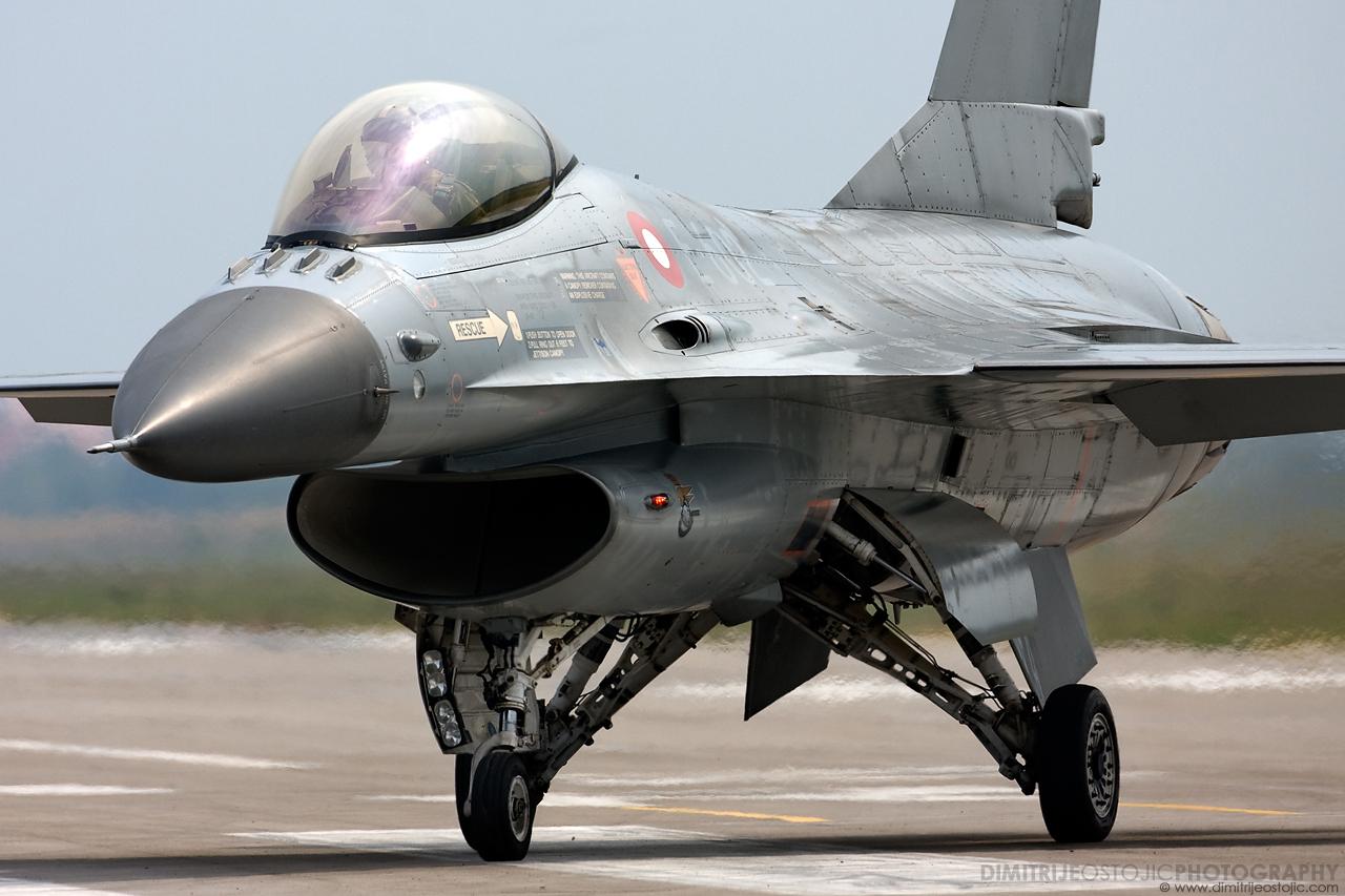F-16 Denmark , Batajnica 2009 © www.dimitrijeostojic.com