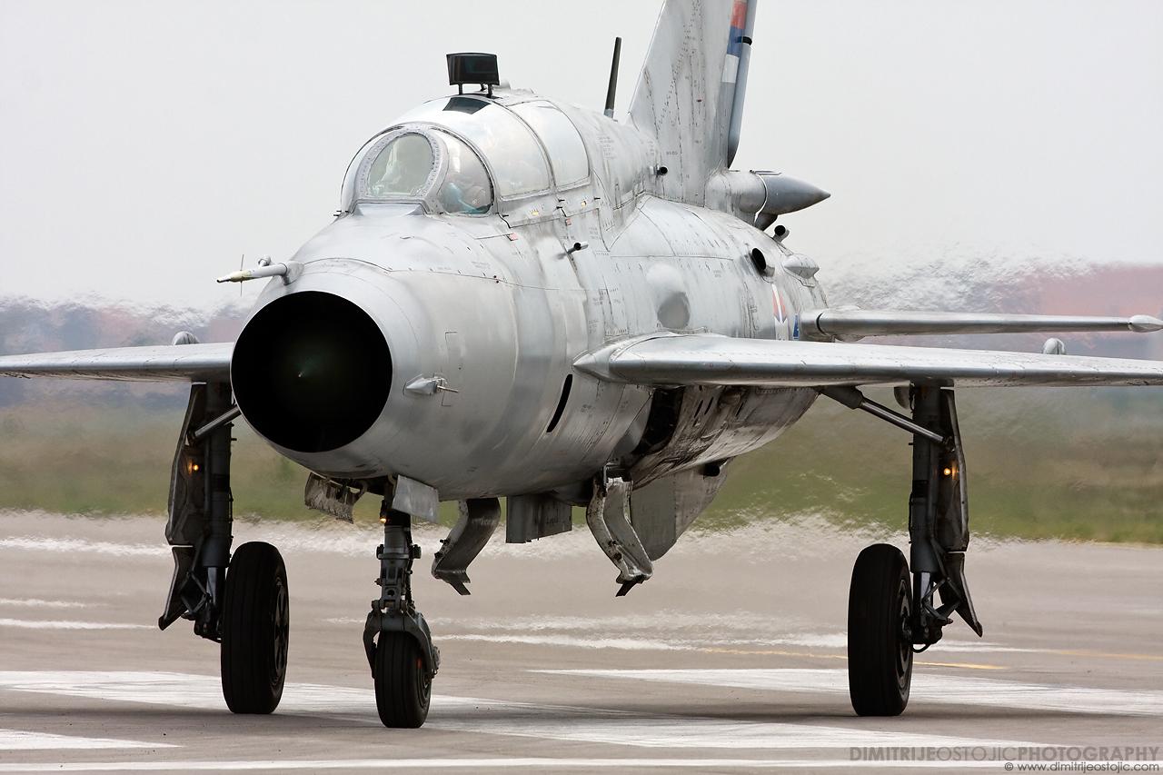 MiG-21 vipvo, Batajnica 2009 © www.dimitrijeostojic.com