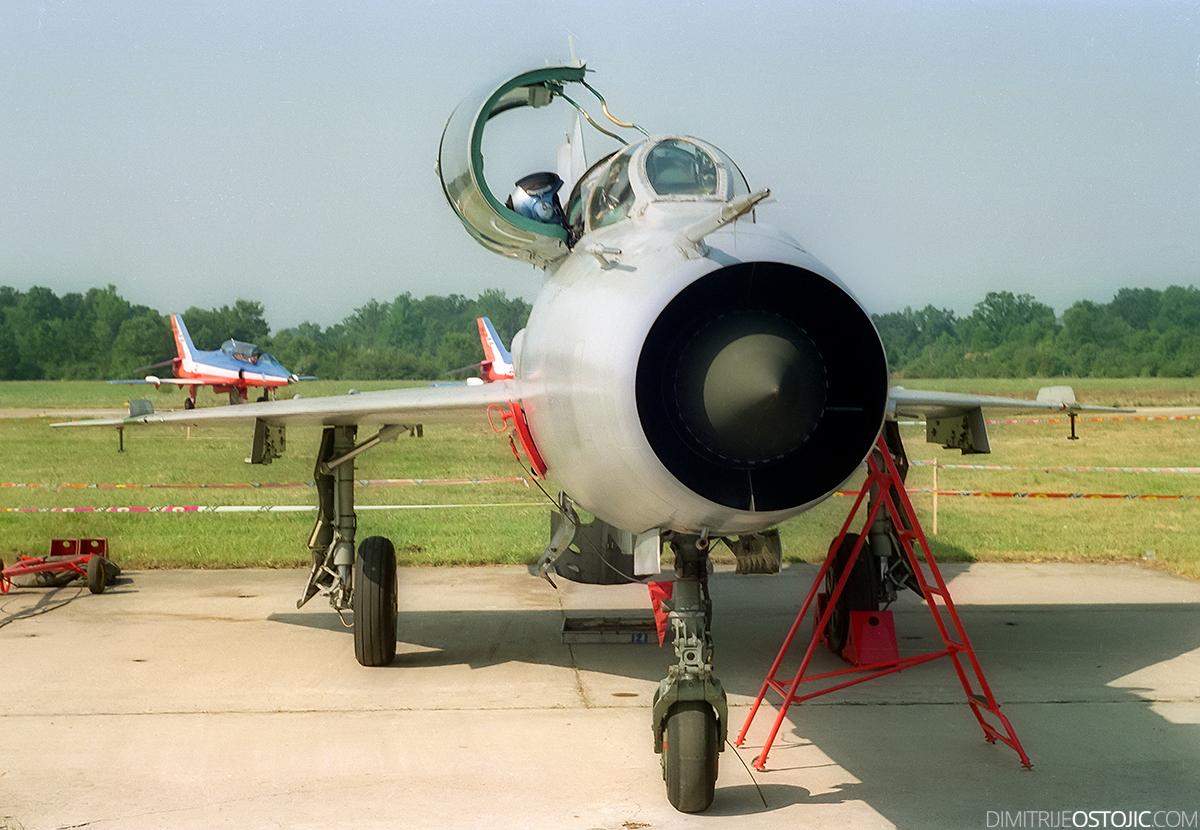 MiG-21 UM © Dimitrije Ostojic // www.dimitrijeostojic.com